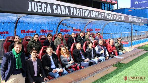 Grupo de la jornada de marketing deportivo en el Atlético de Madrid