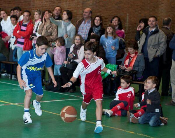 El papel de los padres ante la carrera deportiva de sus hijos unisport